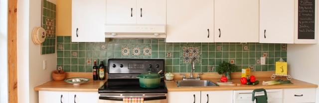 r aliser une cr dence ou dosseret en c ramique et mosa que d conome. Black Bedroom Furniture Sets. Home Design Ideas