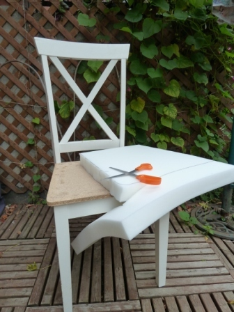 8 - Mousse Pour Assise Chaise