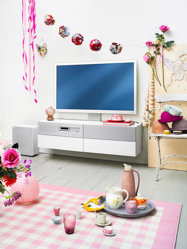 Ikea se lance dans l 39 lectronique avec le meuble - Meuble audio video ikea ...
