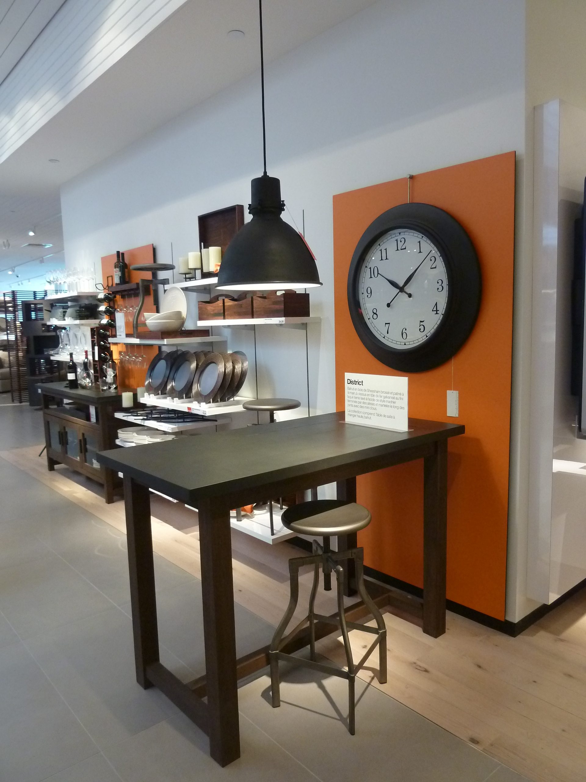 Crate barrel ouvre montr al son premier magasin for Article de cuisine montreal