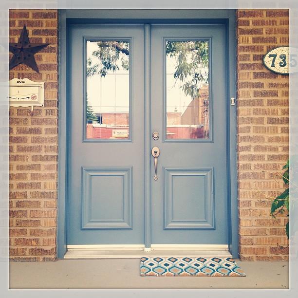 maison montréal porte bleu