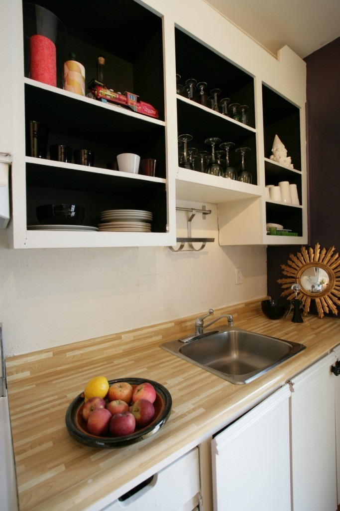Peinture intérieur caisson armoire cuisine noir