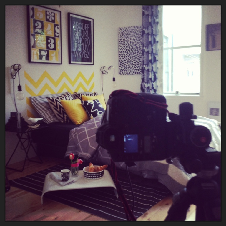 shooting photo déco chambre graphique noir et blanc
