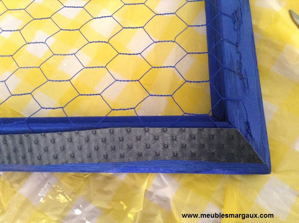 fabriquer un porte bijoux en grillage poule d conome. Black Bedroom Furniture Sets. Home Design Ideas