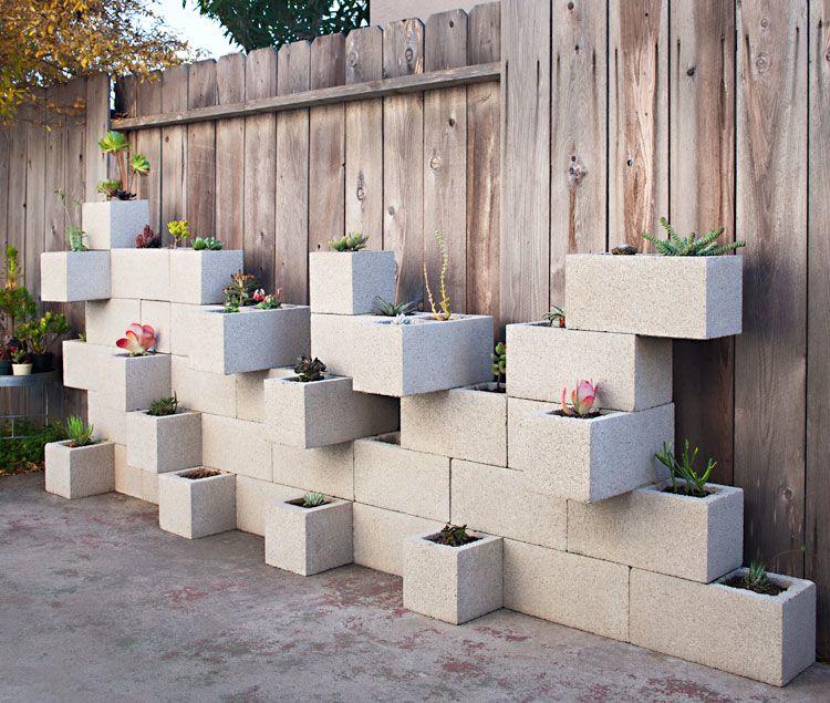 D corer son jardin avec des parpaings blocs de b ton - Jardiniere en parpaing ...