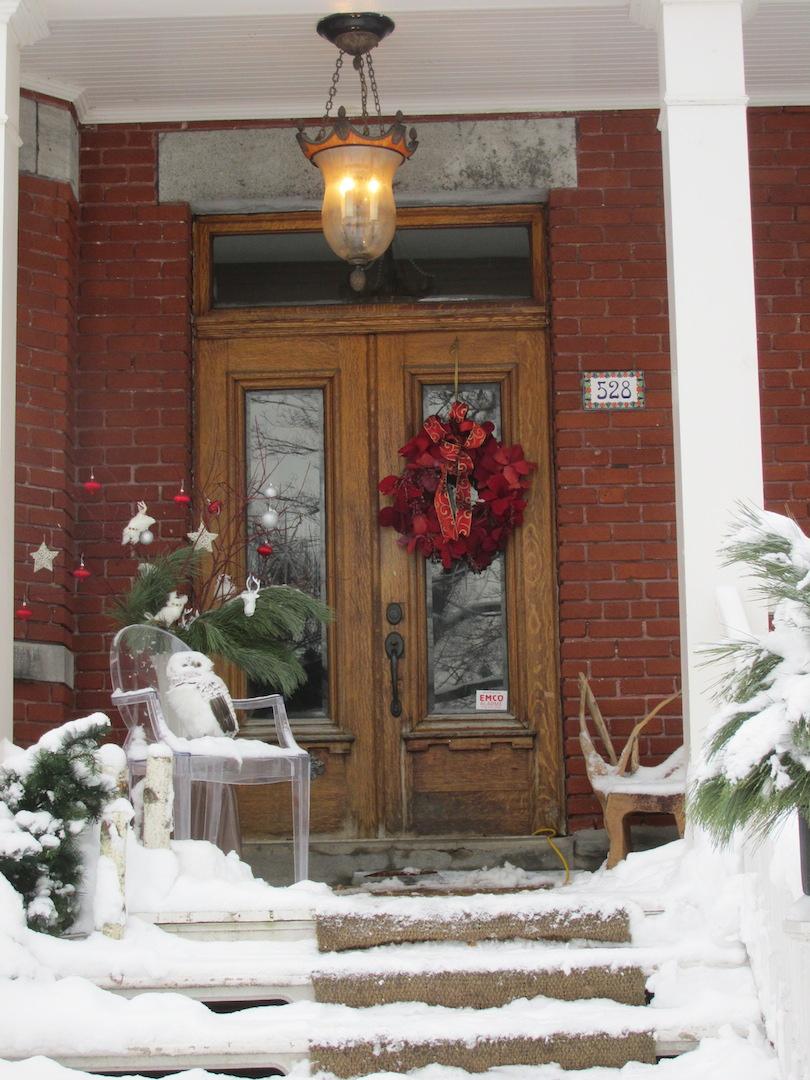 Montreal christmas house snow