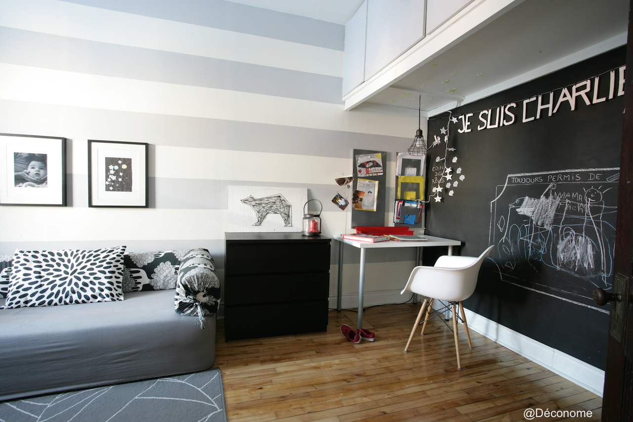 la salle de jeux de mes enfants est charlie d conome. Black Bedroom Furniture Sets. Home Design Ideas