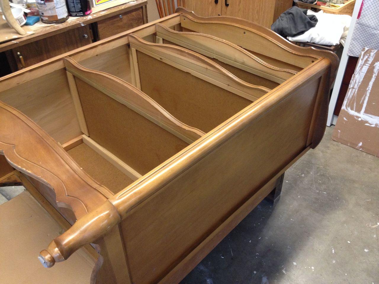 Comment peindre un meuble d conome for Lasurer un meuble en bois