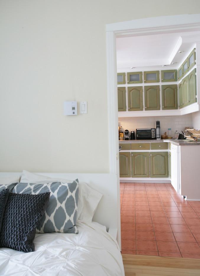 un appartement locatif et inventif d conome. Black Bedroom Furniture Sets. Home Design Ideas