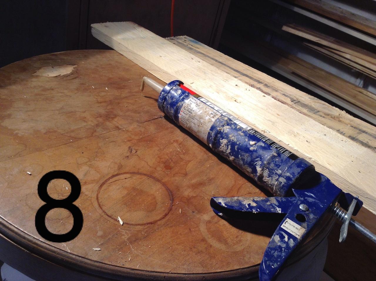 coller bois palette sur table