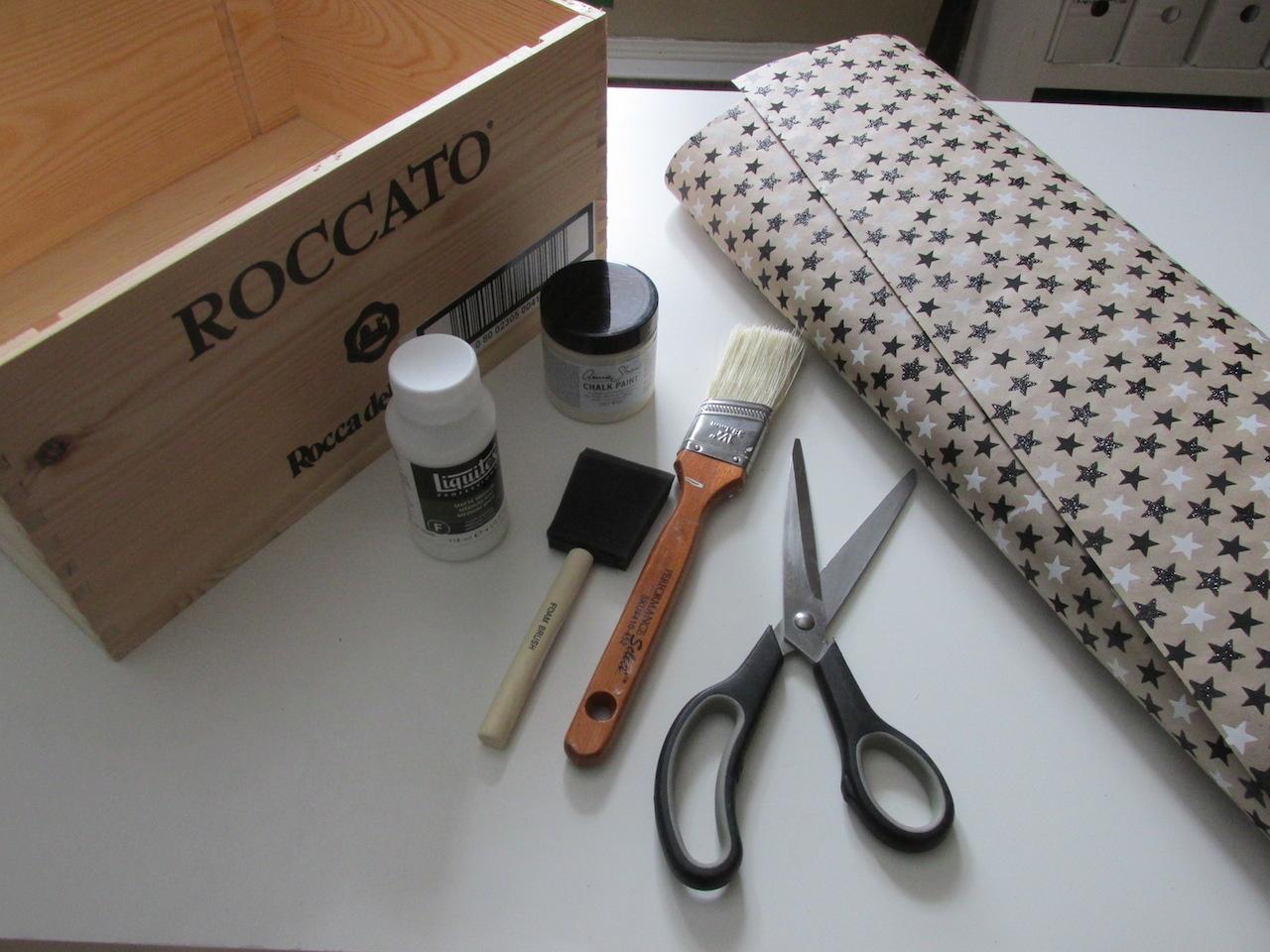DIY étapes caisse de vin étagère