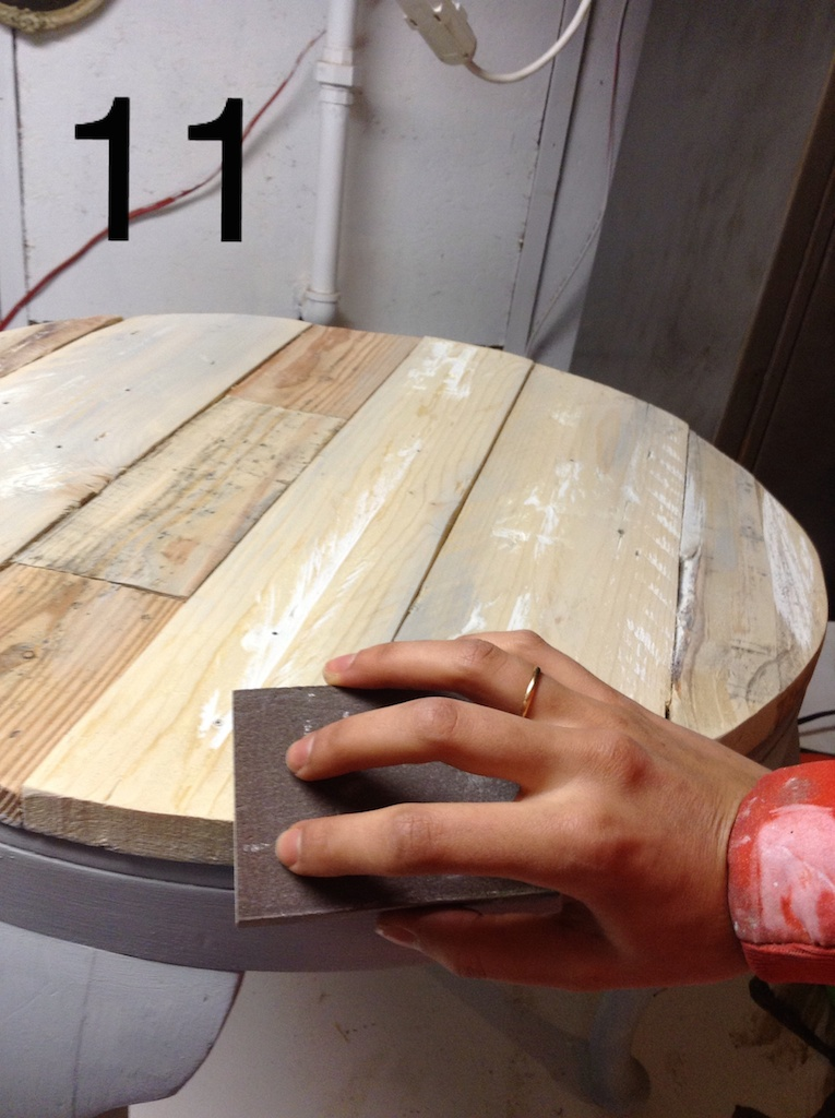 poncer table bois palette