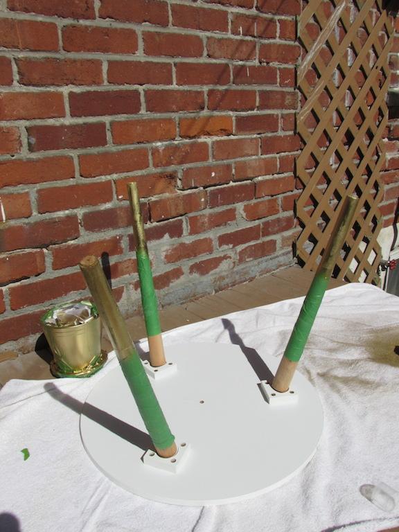 spray peinture doré patte table piètement