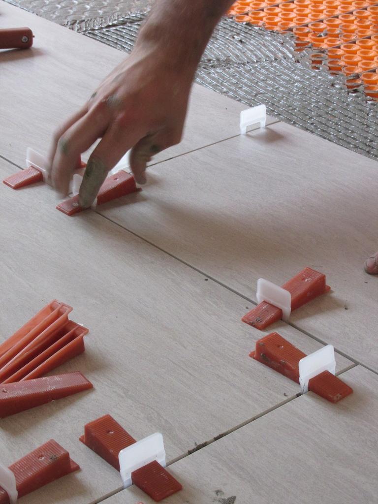 Joint carrelage plancher chauffant 28 images bonjour for Carrelage ceramique