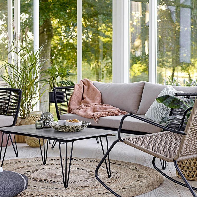 canapé et table en hairpin legs