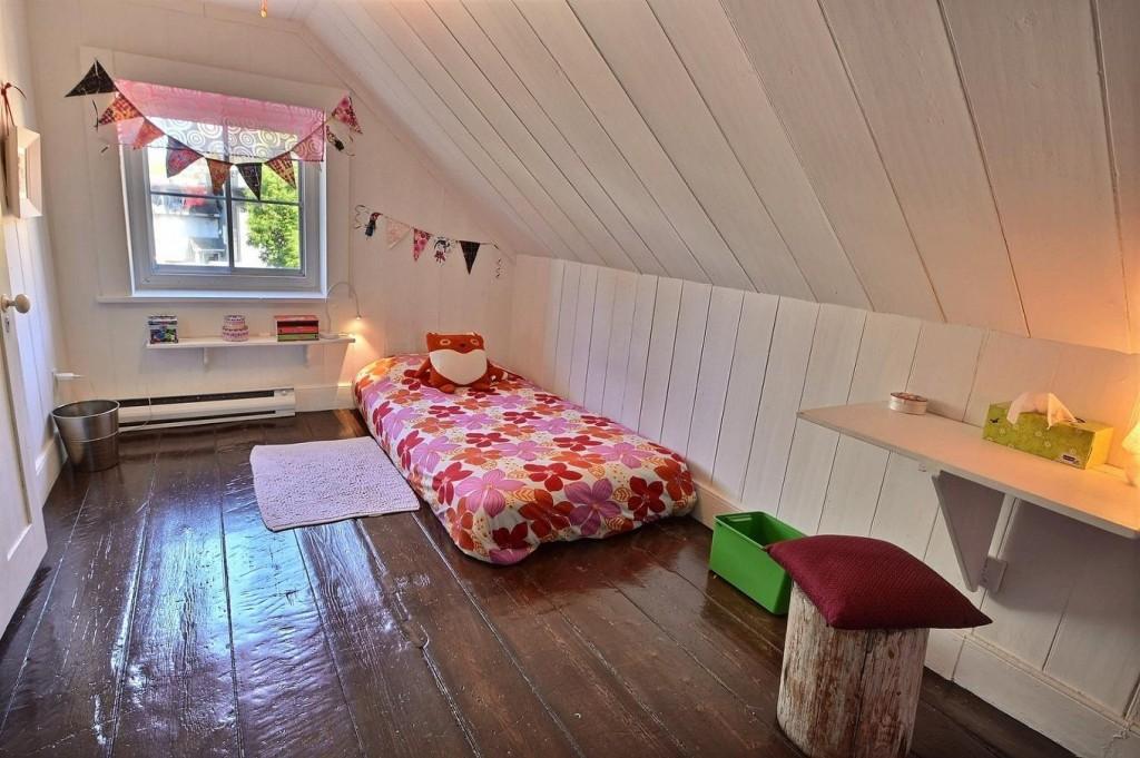 chambre fille sous les toits