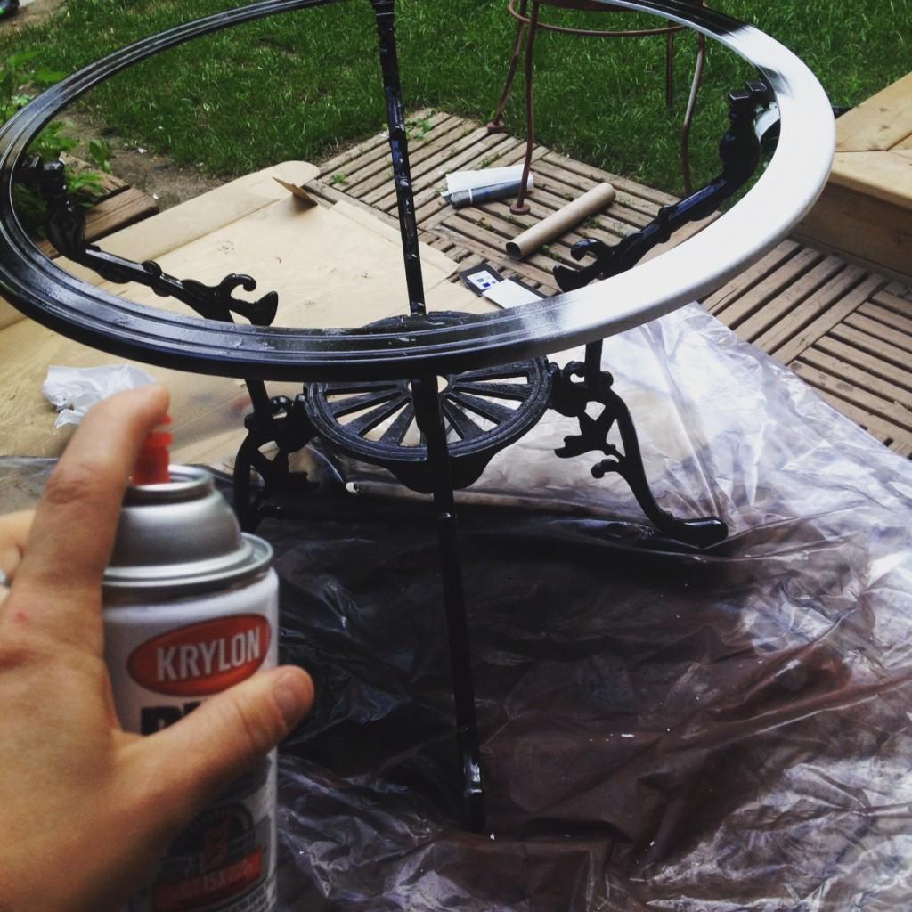 Peindre table fer forgé