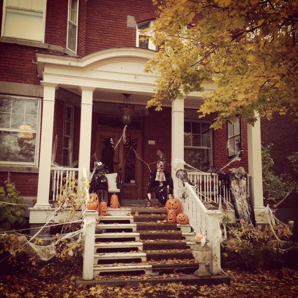 Halloween La Maison La Mieux D Cor E De Montr Al D Conome