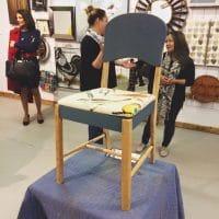 Repeindre une vieille chaise avec de la peinture minérale Fusion