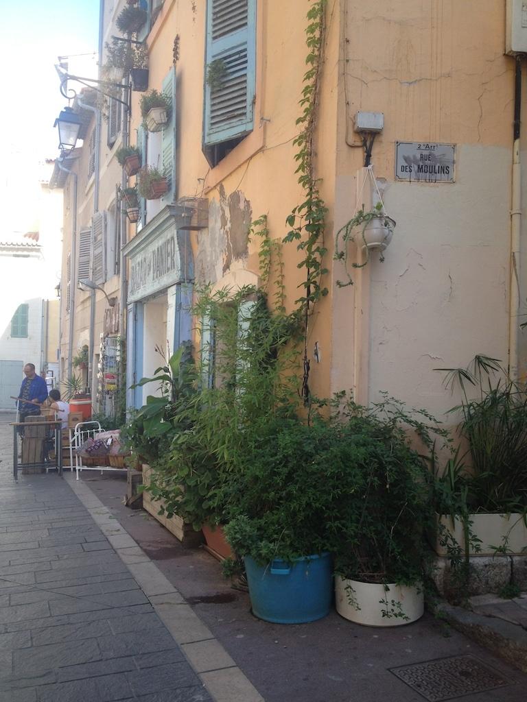 verdissement rues panier Marseille