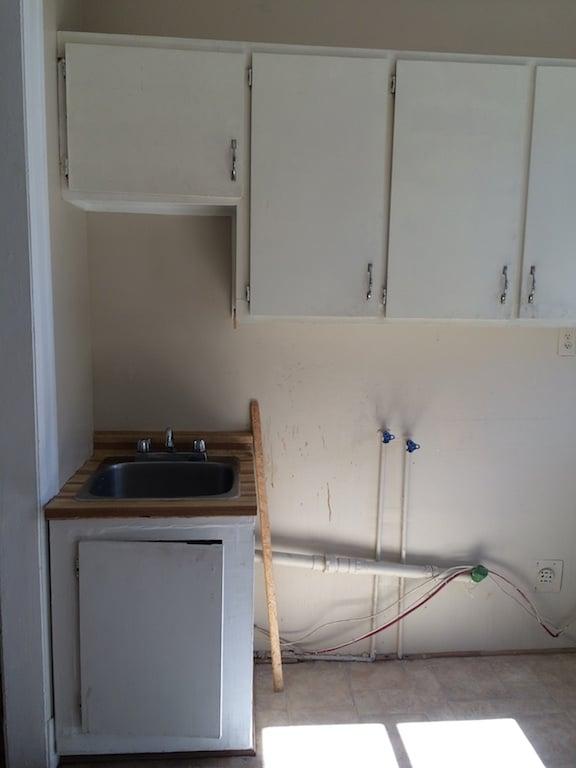 vieille cuisine à rénover