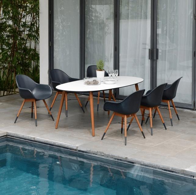 JYSK - Table 699.99$ et chaises 149.99$