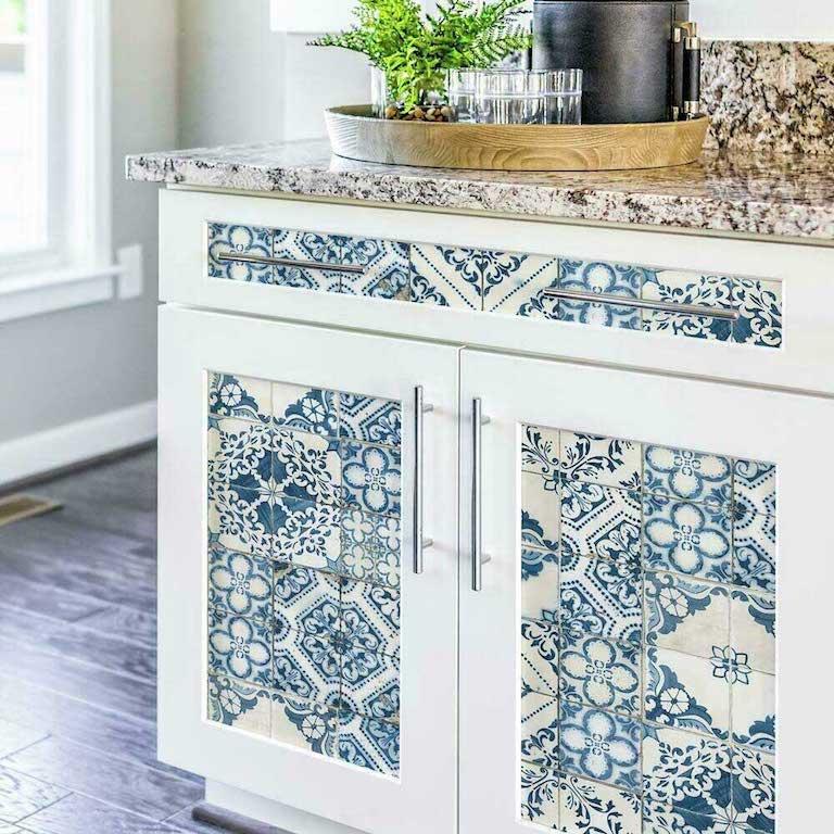 papier peint relooking armoires cuisine