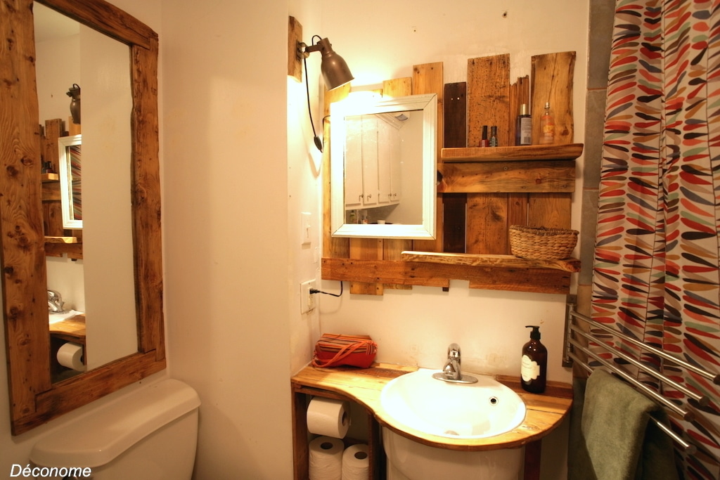 Meuble lavabo rond et plan de travail fabriqué en palettes / bathroom vanity with pallets