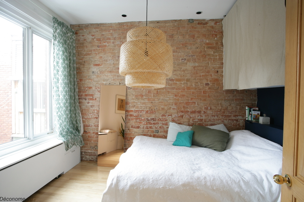 Chambre mur de brique et placards sur mesure / bedroom brickwall and custom cubboard
