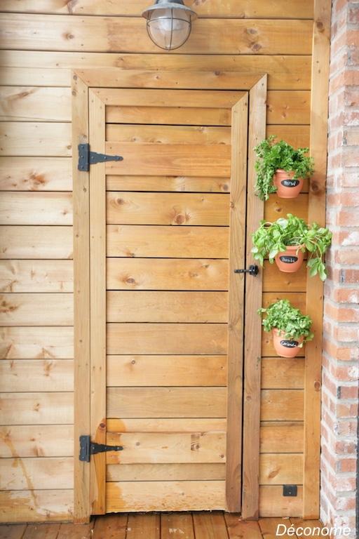 pot suspendu jardin de fines herbes vertical / Wall mounted plant pot holder for a vertical vegetable garden