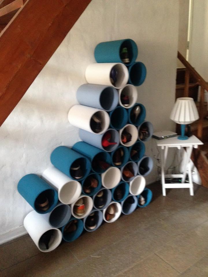 range chaussure en tuyaux de PVC