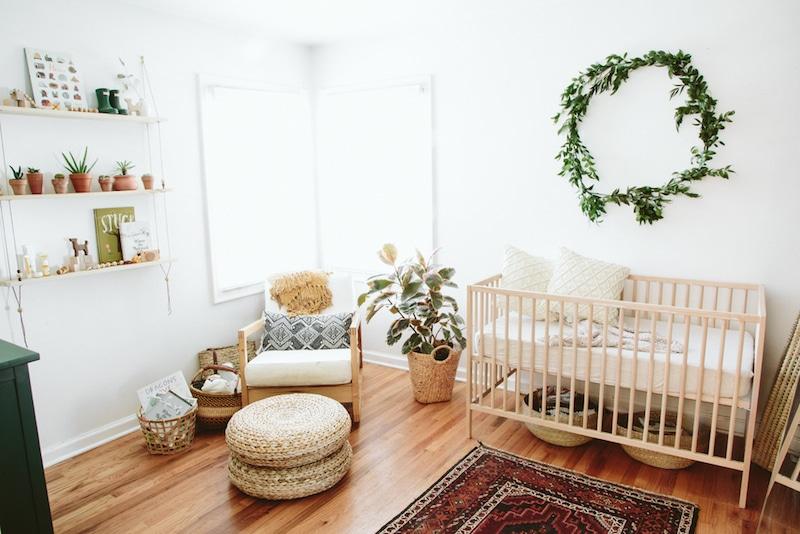 chambre de bébé unisexe bois et matières naturelles / baby nursery wood and natural textures