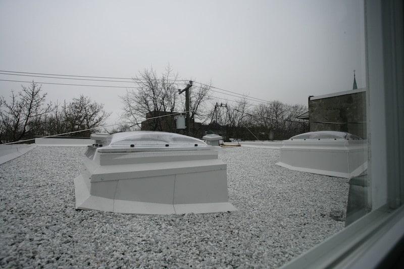 Ajouter une fen tre de toit ou un puits de lumi re un investissement payant - Combien coute un puit de lumiere ...