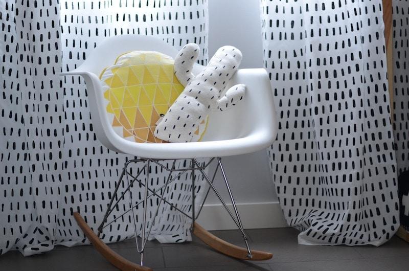 Peindre des rideaux avec de la peinture textile / How to paint curtains with fabric paint