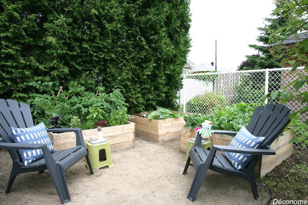 Raised bed vegetable garden / potager en bacas