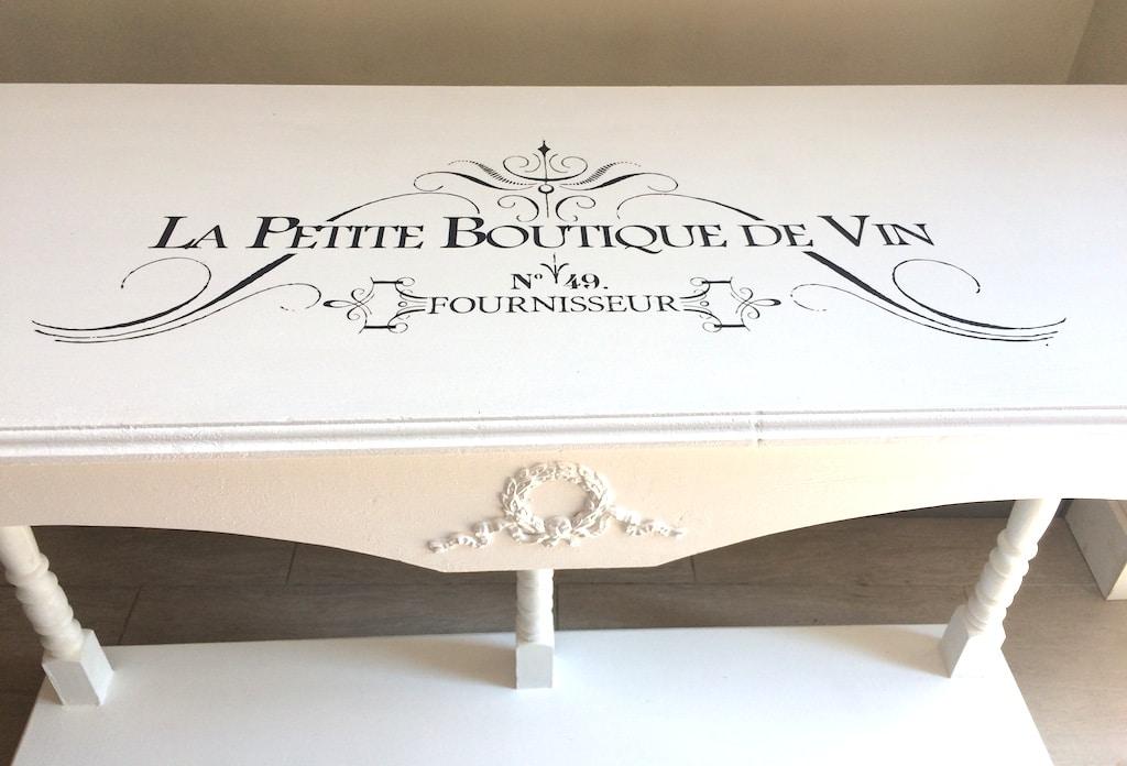 Relooker un meuble avec des appliqu s au latex et un transfert d 39 image d conome - Decirage d un meuble ...