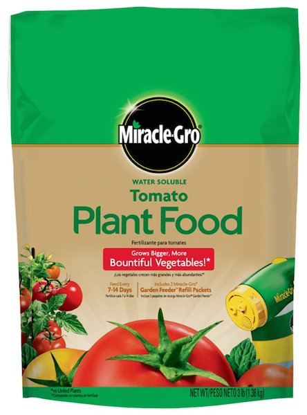 Excellent engrais pour plantes de Miracle-Gro / Miracle-Gro Water Soluble Tomato Plant Food grows bigger, more beautiful vegetables.
