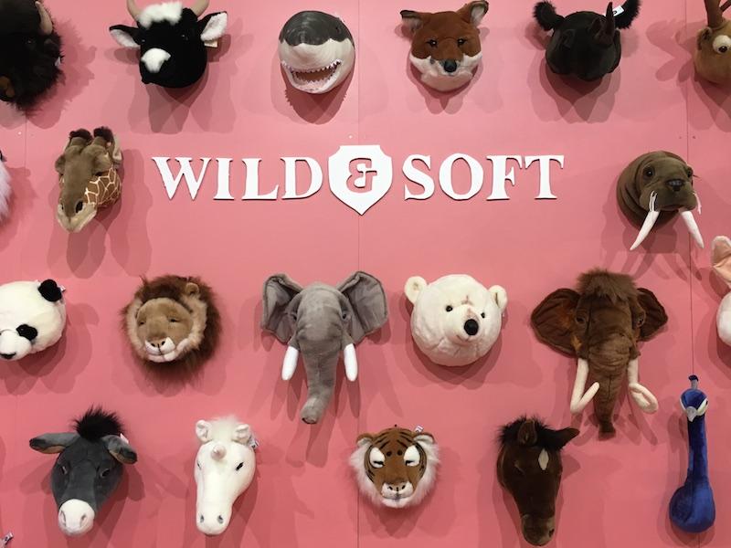 têtes et trophée en peluche compagnie Wild and Soft vu à salon Maison & Objet 2017
