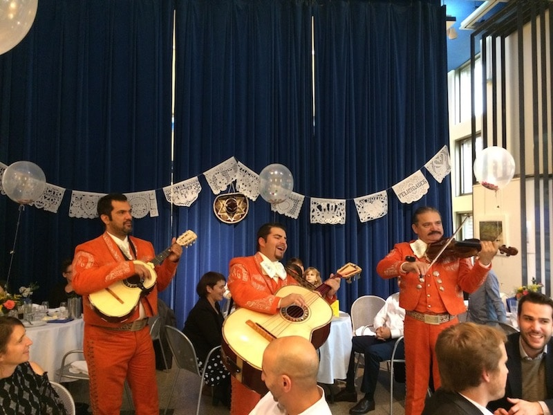 Mariachis for a low budget wedding with mexican theme