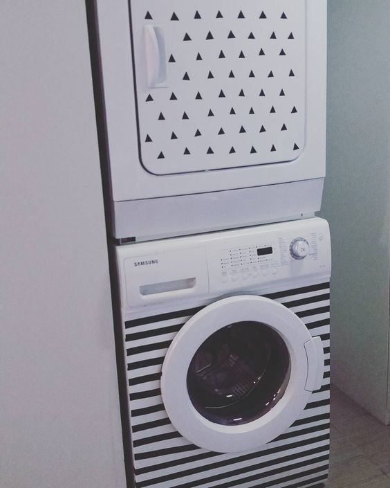 Relooker machine à laver linge avec ruban / Washer and dryer transformed with black duct tape