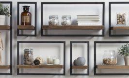 Les très décoratives étagères en teck et métal de D-Bodhi