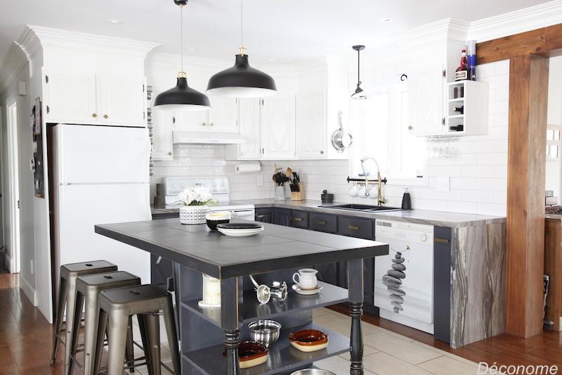 Moderniser une vieille cuisine en bois avec de la peinture d conome - Peinture d armoire de cuisine ...