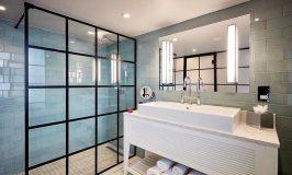 Où trouver une porte de douche de style industriel ?