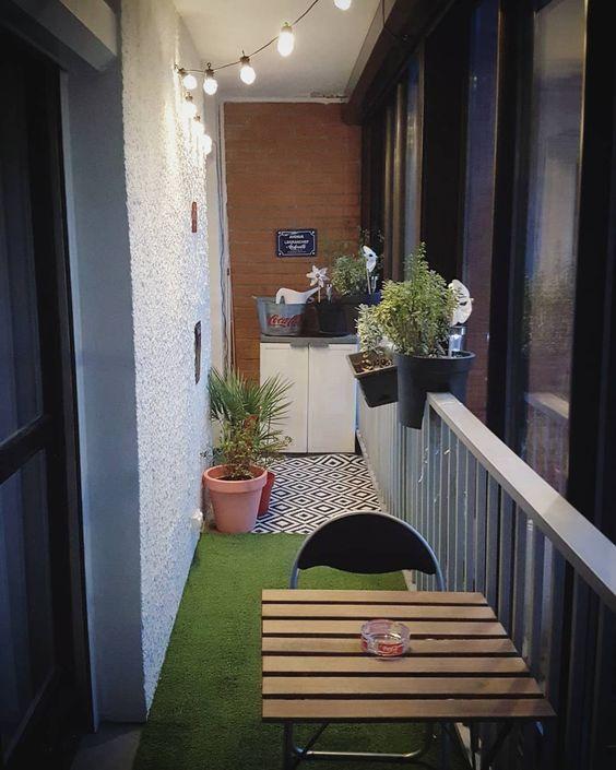 relooker une terrasse ou un balcon en b ton d conome. Black Bedroom Furniture Sets. Home Design Ideas