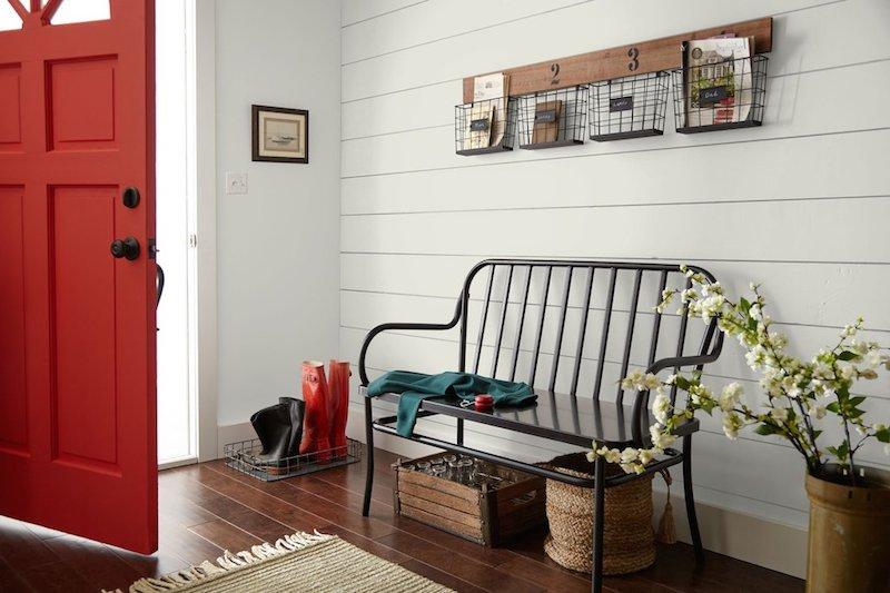 Un mur en shiplap ou bardage en bois horizontal à petit prix
