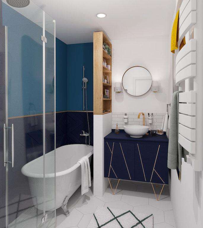 salle de bain bleu marine et doré