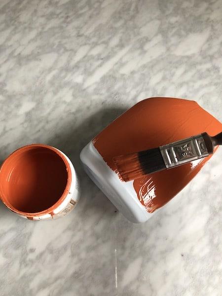 peinture terra cotta terre cuite sur bouteille de plastique