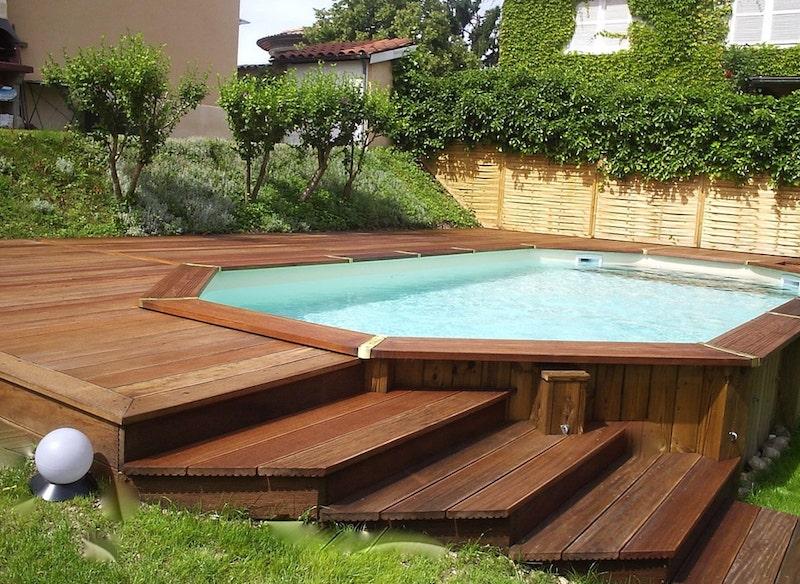 piscine semi entérrée