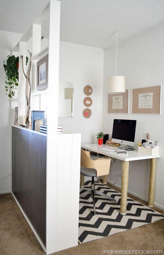 créer une séparation avec une commode bibliothèque pour son coin bureau