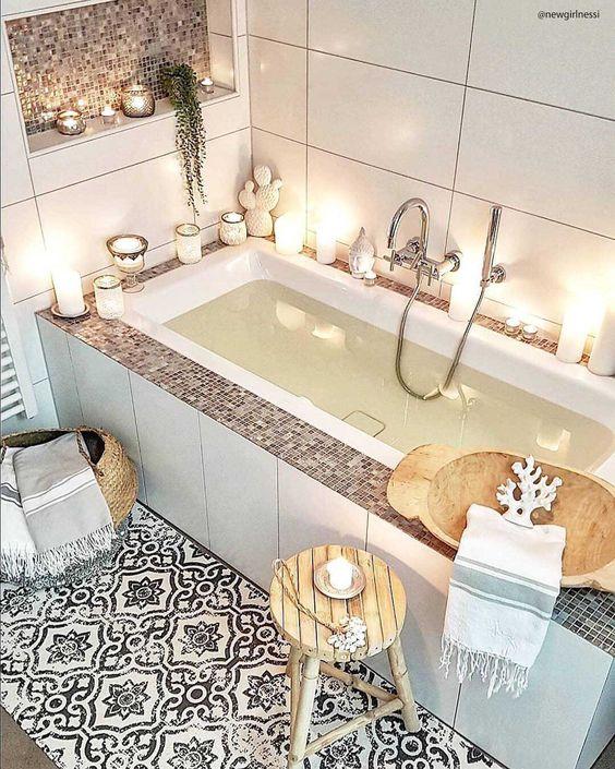 tendances déco 2021 Hygge salle de bain bougies